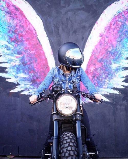 L'agenda des Anges de Juin +  des exercices pour provoquer  vos rêves !